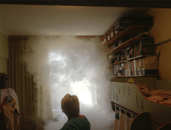 Дым в комнате