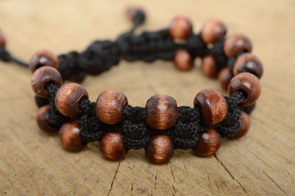 деревянный браслет