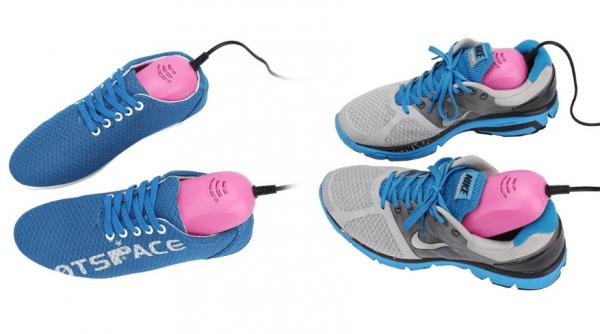 Две пары обуви и специальные электрические сушилки