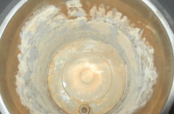 Накипь на стенках чайника