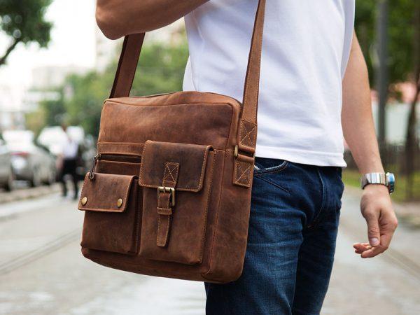 Ношение сумки на плече