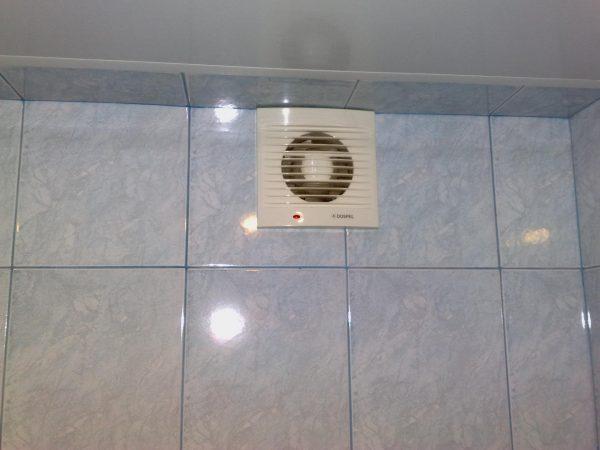 Вентиляционное отверстие в ванной комнате