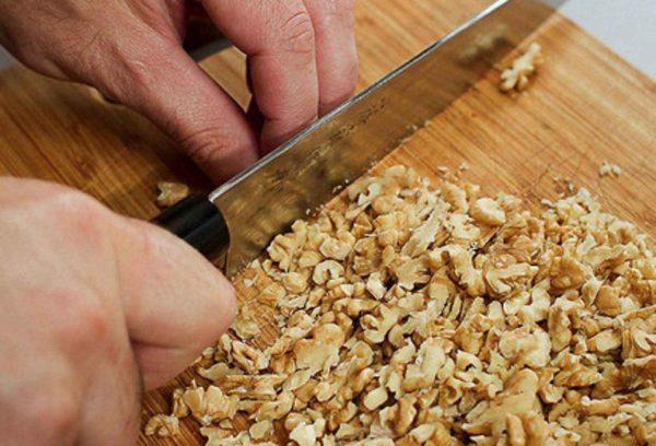 Дроблёные ядра грецких орехов