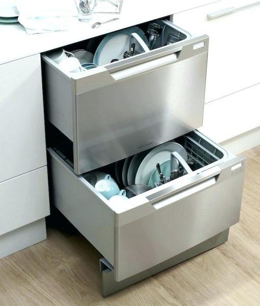 Посудомоечная машина с горизонтальным типом загрузки