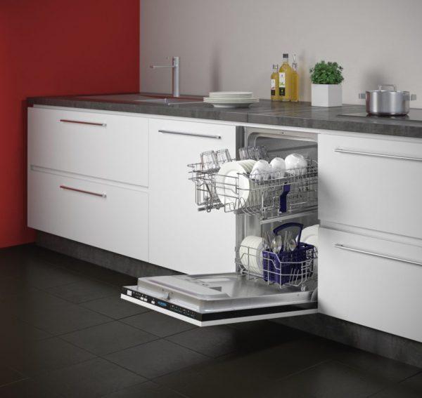 Посудомоечная машина с вертикальным типом загрузки