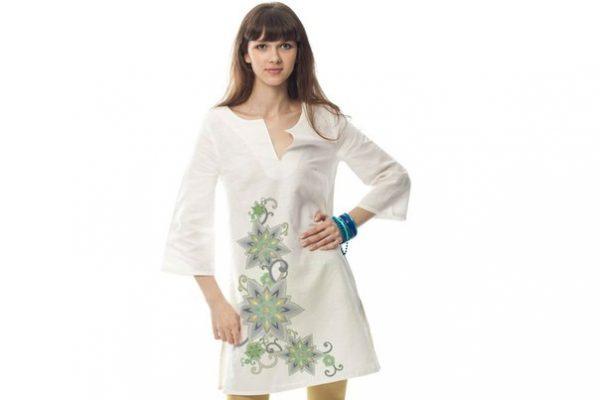 Одежда из белой льняной ткани