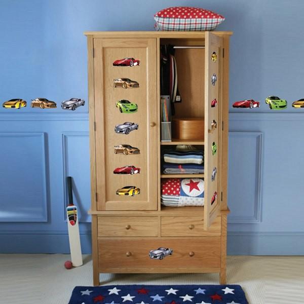 Детские наклейки на мебели
