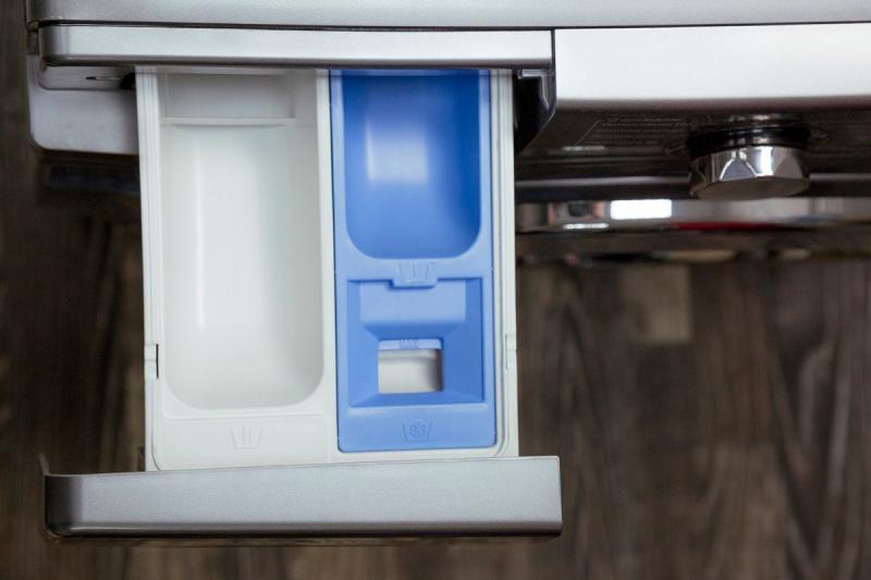Куда засыпать порошок в стиральной машине