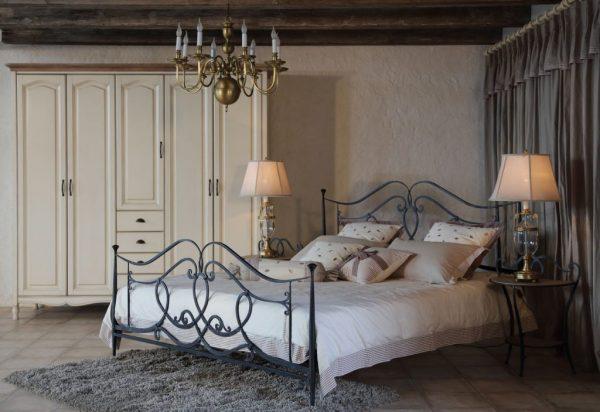 Кровать в стиле «Прованс»