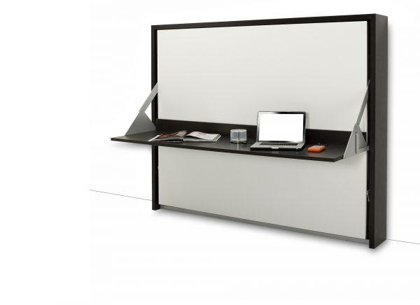 Стол-кровать: положение «стол»