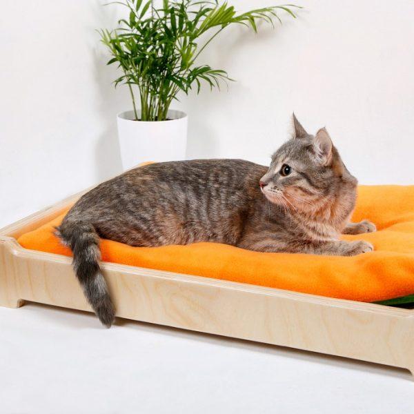 Лежанка для котов