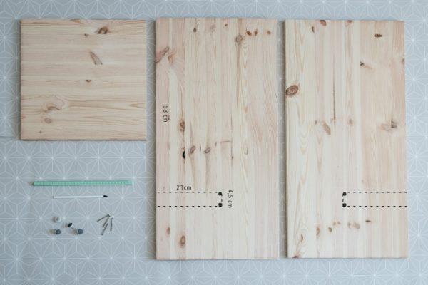 дно и боковые стенки вигвама из дерева с разметкой цифрами фрагментов для вырезания