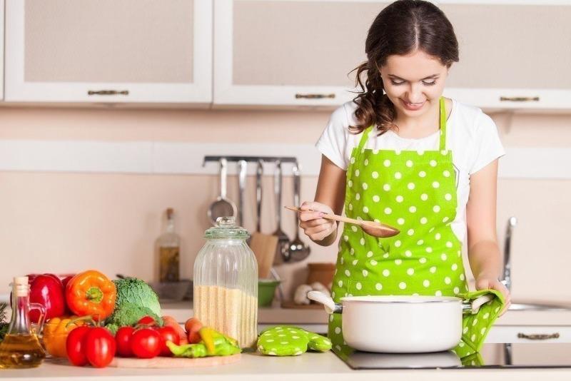 10 привычек хозяек, которые могут стоить им здоровья и даже жизни